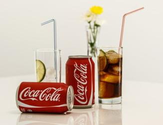 Coca-Cola vrea sa produca, in premiera, o bautura alcoolica