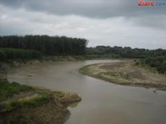 Cod galben de inundatii in 15 judete