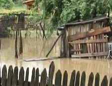 Cod galben de inundatii in 9 judete