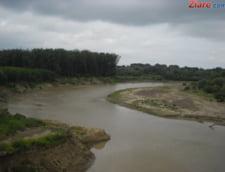 Cod galben de inundatii in cinci judete