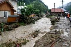 Cod galben de inundatii pe rauri din 23 de judete