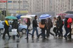 Cod galben de ploi si furtuni inclusiv in Bucuresti