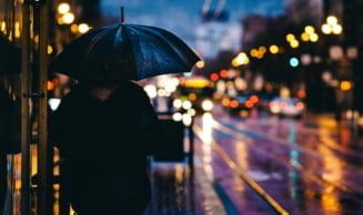 Cod galben de ploi torentiale, vijelii si grindina in vestul tarii. Instabilitate atmosferica in toata tara