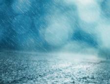Cod portocaliu de furtuni si inundatii in aceasta seara pentru mai multe judete