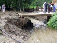 Cod portocaliu de inundatii: Vezi zonele care vor fi lovite de viituri