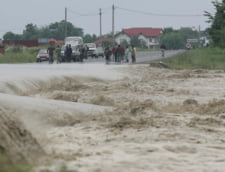 Cod portocaliu de inundatii in Dambovita si Giurgiu, pana marti