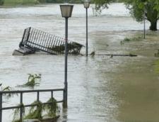 Cod portocaliu de inundatii pe raurile din Bacau, Covasna si Harghita