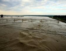 Cod rosu de inundatii - vezi zonele afectate (Video)