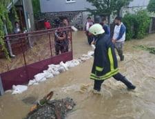 Cod rosu de inundatii in vestul tarii