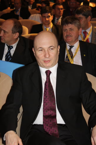 Codrin Stefanescu: Guvernul alternativ al PDL, un amalgam de fani declarati ai lui Basescu