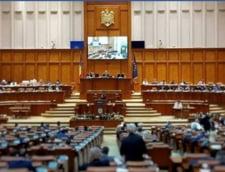 Codul Administrativ intra la vot final in Camera Deputatilor: Pensii speciale pentru primari si liber la folosirea limbii minoritatilor in administratie
