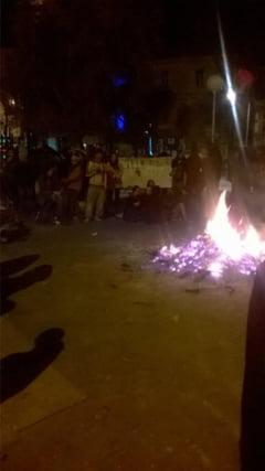 Codul muncii ii scoate pe francezi in strada - Piata Republicii, ocupata pentru a treia zi consecutiv