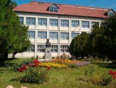 """Colegiul National """"Simion Barnutiu"""" Simleu Silvaniei a intrat in bicentenar"""
