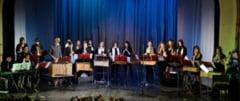 """Colinde de Craciun, concert sustinut de ansamblul """"Canzonetta"""" la Biserica Romano-Catolica"""