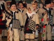 Colindele si traditiile Sarbatorilor de iarna, explicate de preoti