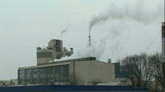 Combinatul Azomures, amendat pentru depasirea concentratiei de amoniac in aer