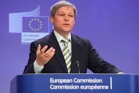 Comisarul Dacian Ciolos are intalniri cu oficialii romani in plin scandal al carnii de cal