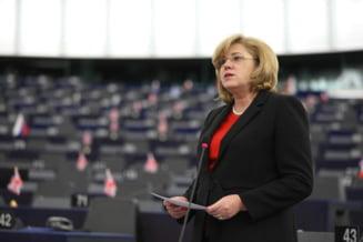 Comisarul european Corina Cretu: Romania este in pericol sa piarda fonduri de 800 de milioane de euro