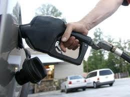 Comisia Europeana: Romania poate ingheta fara probleme pretul carburantilor