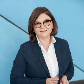 Comisia JURI, care a respins-o pe Plumb, a acceptat-o in unanimitate pe Adina Valean