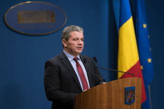 Comisia Juridica din Senat a respins ridicarea imunitatii fostului ministru Florian Bodog