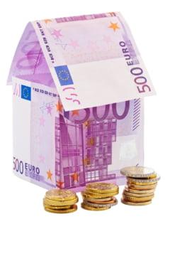 Comisioane abuzive in contractele de credit: Ce decizie importanta a luat Curtea de Justitie a UE