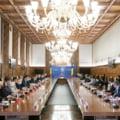 """Comitetul pentru revenirea la normalitate: """"Eliminarea restrictiilor si redeschiderea sectoarelor grav afectate de pandemie se va putea face treptat"""""""