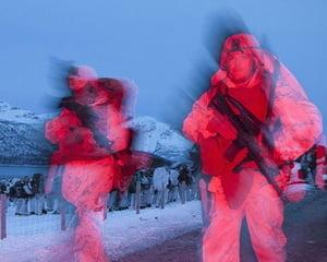 Comorile subterane din Cercul Arctic declanseaza un nou Razboi Rece