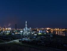 Companiile din Golful Mexic au redus productia de petrol cu 82% si pe cea de gaze cu 59%, din cauza uraganelor