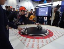 Competitie de proiecte IT la Bucuresti: Lupte de roboti, imprimante 3D, descoperiri medicale