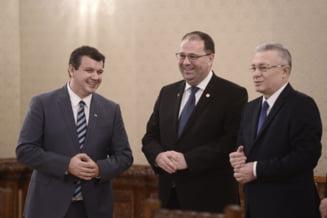 Componenta listelor PMP in Bucuresti la alegerile Parlamentare. Tomac - primul la Camera Deputatilor, Diaconescu - la Senat