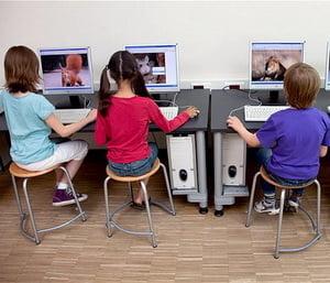 Computerele si smartphone-urile, o bomba cu ceas pentru sanatatea copiilor