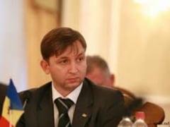 Comunistii moldoveni il critica pe Basescu: Da indicatii Guvernului de la Chisinau
