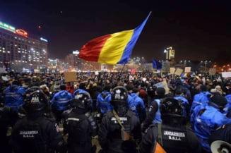 Comunitatea #Rezist face protest in Piata Victoriei odata cu mitingul PSD si sustine ca manifestatia lui Dragnea ar fi ilegala