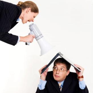 Concediaza-ti rudele, sperie-ti angajatii si nu te mai plange!