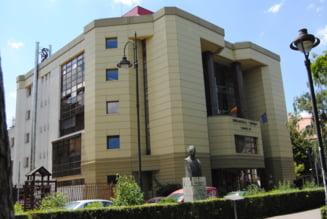 Concedieri la Biblioteca Judeteana din Sibiu dupa reducerea bugetului institutiei. Zece angajati vor ramane fara loc de munca