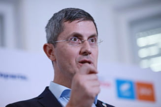 Concedieri masive, in 2021, in randul bugetarilor? Anuntul facut de vicepremierul Dan Barna
