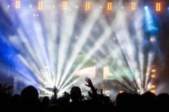 Concert in pandemie: 250 de persoane au participat la un festival de muzica electronica in cadrul unui program-pilot digital