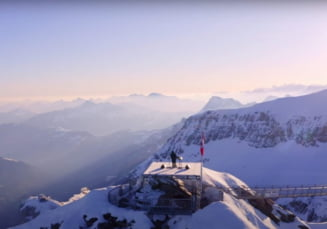 Concert tehno la 3.000 de metri altitudine in Alpii elvetieni. Imagini spectaculoase VIDEO