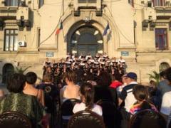 "Concerte corale in Gradina Botanica si Parcul ""Nicolae Romanescu"""