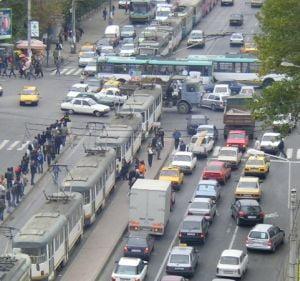 Concertul AC/DC blocheaza traficul in Bucuresti