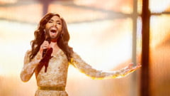 Conchita Wurst, castigatoarea cu barba a Eurovisionului, concert la Parlamentul European