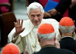 Conclavul ce va alege noul papa incepe dupa 15 martie