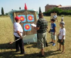 Concurentii de la Cupa Redpoint la tir cu arcul au luptat si cu canicula (FOTO)