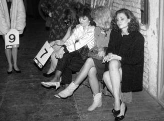 Concurs de miss în România proaspăt ieșită din comunism. Imagini rare dintr-o colecție privată scoase la lumină după 30 de ani