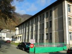 Concurs la Primaria si Spitalul Bicaz