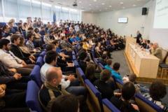 """Concursul International Studentesc de Calculatoare """"HARD & SOFT"""" si-a desemnat castigatorii. Primul loc a fost ocupat de un echipaj al USV"""