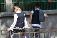 Concursuri organizate ilegal in scoli: Perchezitii in Bucuresti si doua judete (Video)