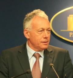 Condamnari la inchisoare in dosarul lui Laszlo Borbely - Fostul ministru nu isi face griji, gratie colegilor din Parlament
