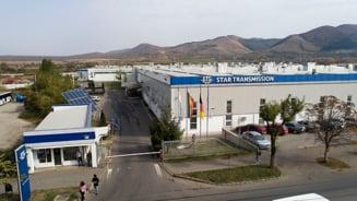 Conflictul de munca de la fabrica Mercedes din Cugir. Sindicatul vrea ca un reprezentant Daimler din Germania sa medieze negocierile